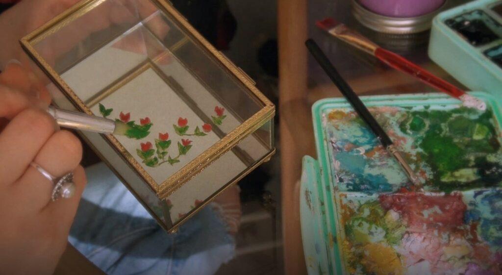 Projet pour fête des mères : de décoration florale et printanière d'un coffret à bijoux 4